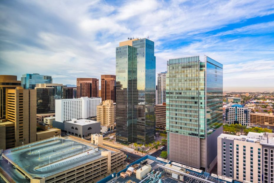 Best Neighborhoods and Places to Live in Phoenix